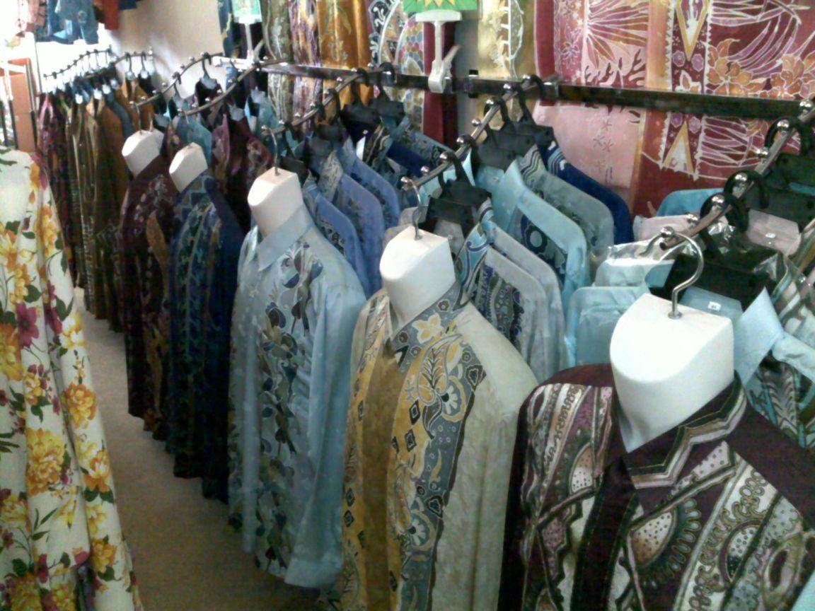 men-s-shirt-batik-from-kelantan-malaysia-malaysia+1152_12960775797-tpfil02aw-26983